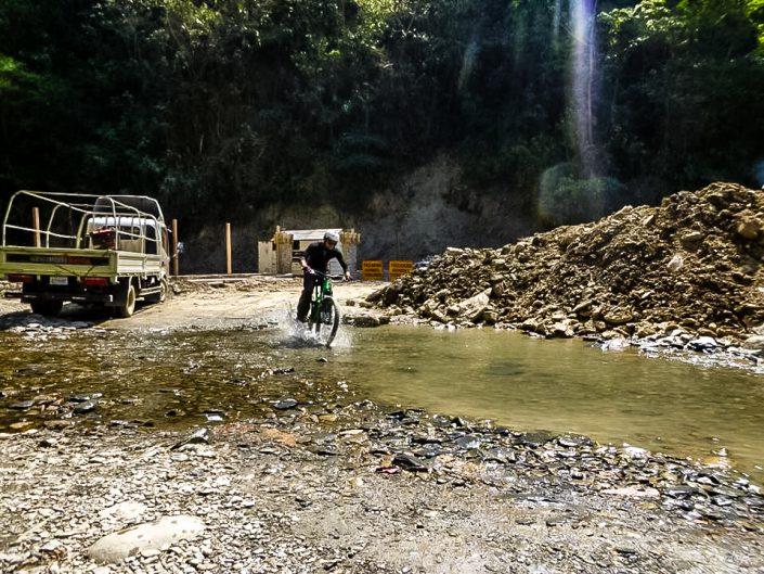 bolivia, Bolivien, death road, Todesstraße, downhill, gravity biking, mountainbike, la Paz, la Cumbre, Yolosa