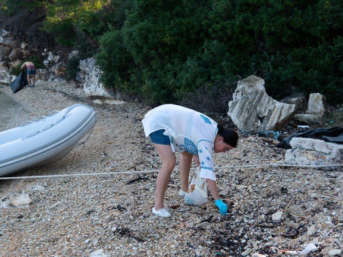 unsere gute Tat - wir säubern den Strand